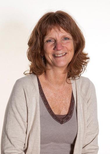 Mrs Geraldine Stork