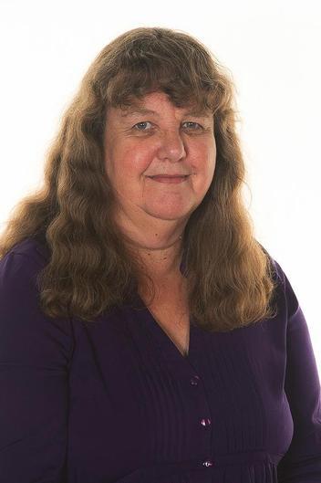 Mrs Hazel Devrell