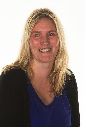 Mrs Sophie Bennett