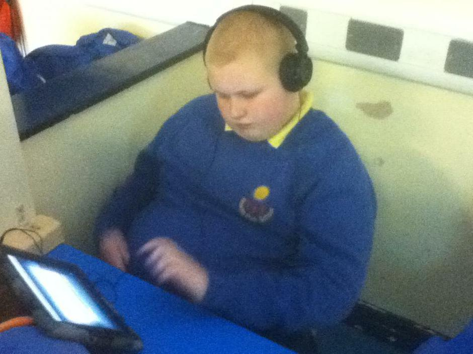 Georgie  listening to the phonics song