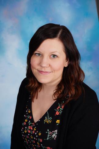 Miss V Holt - Reception (Foundation Stage Leader)