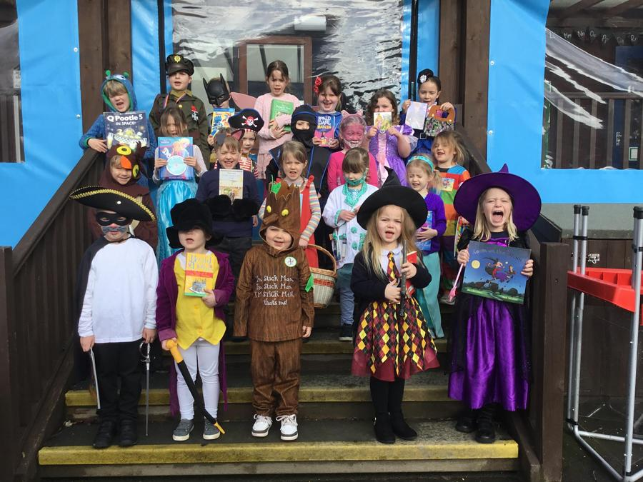 Class 1 dressed up for World Book Day