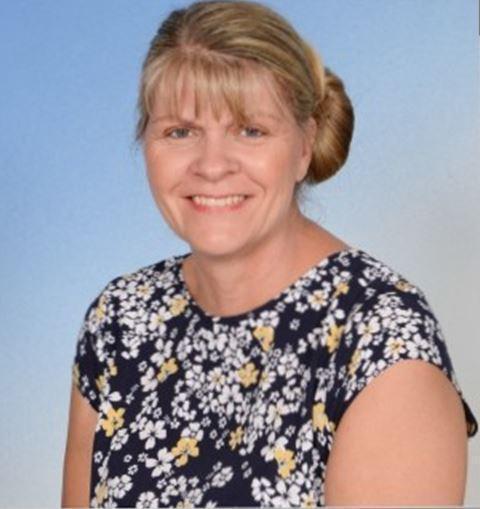 Debbie Louder, Dining Hall Assistant