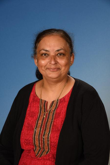 Sheena Kapila, Teaching Assistant