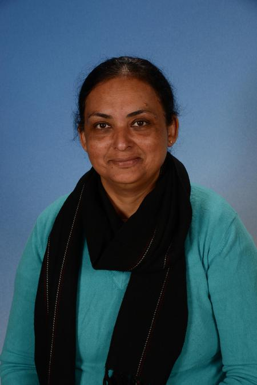 Sheena Kapila, Playground