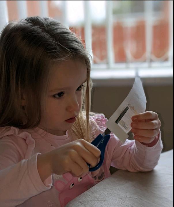 Perfect scissor grip- fine motor skills!