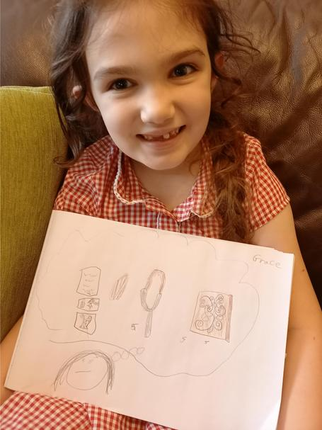 Grace made some detailed drawing of the artefacts we observed.