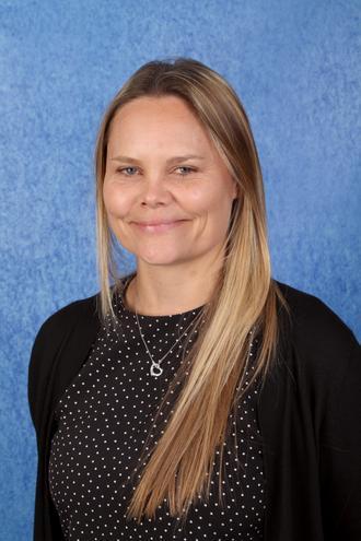 Miss Cumberlidge - Teaching Assistant (2CS)