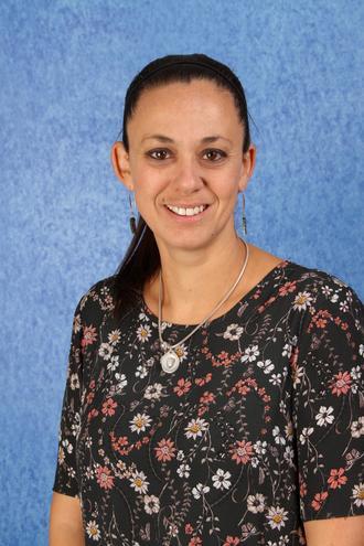 Mrs Ogle - Upper KS2 Lead Practitioner & Teacher (5CO)