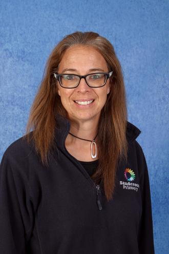 Mrs Devarius - Teaching Assistant (3AW)