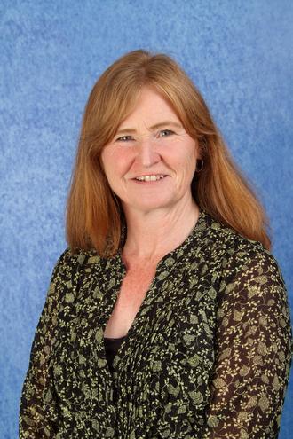 Miss Cousins - Teaching Assistant (6SE)