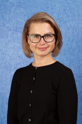 Mrs Myftari - Teaching Assistant (4RS)