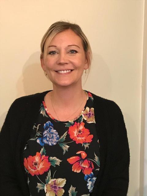 Mrs R Stevenson - Y6 Teacher