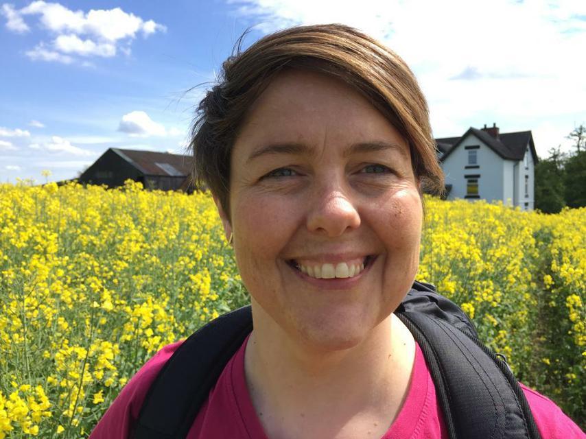 Ms J Davies - Y6 Teacher