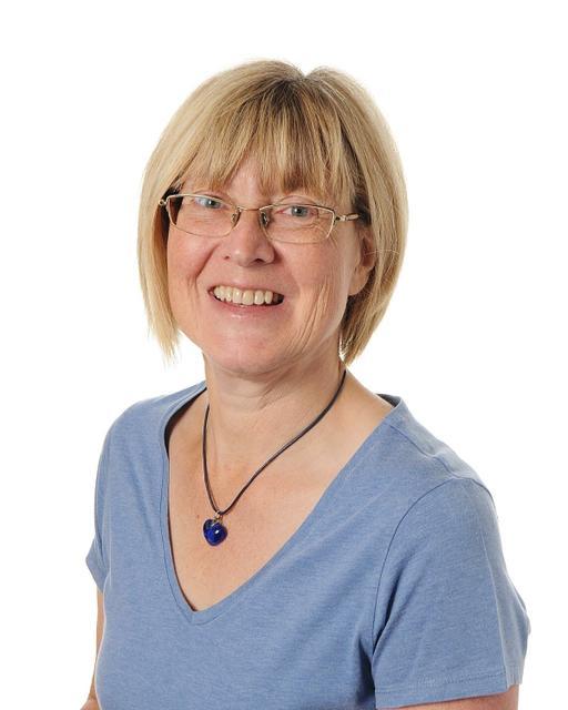 Mrs D Whittington - Y5 Teacher