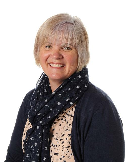 Mrs F McDowall - Teaching Assistant