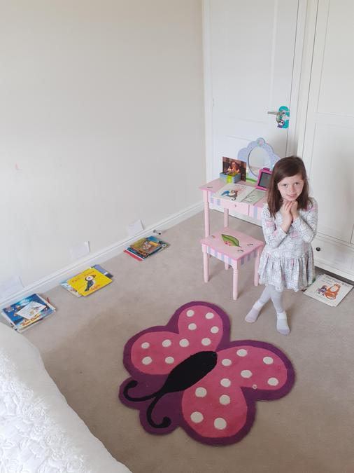 Sofia has transformed her bedroom into a library!
