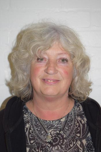 Mrs D Gibbons - Lunchtime Supervisor