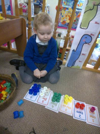 Matching bobbins to numicon cards