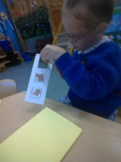 We have made Christmas cards...