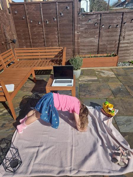 Evelyns yoga in the sun