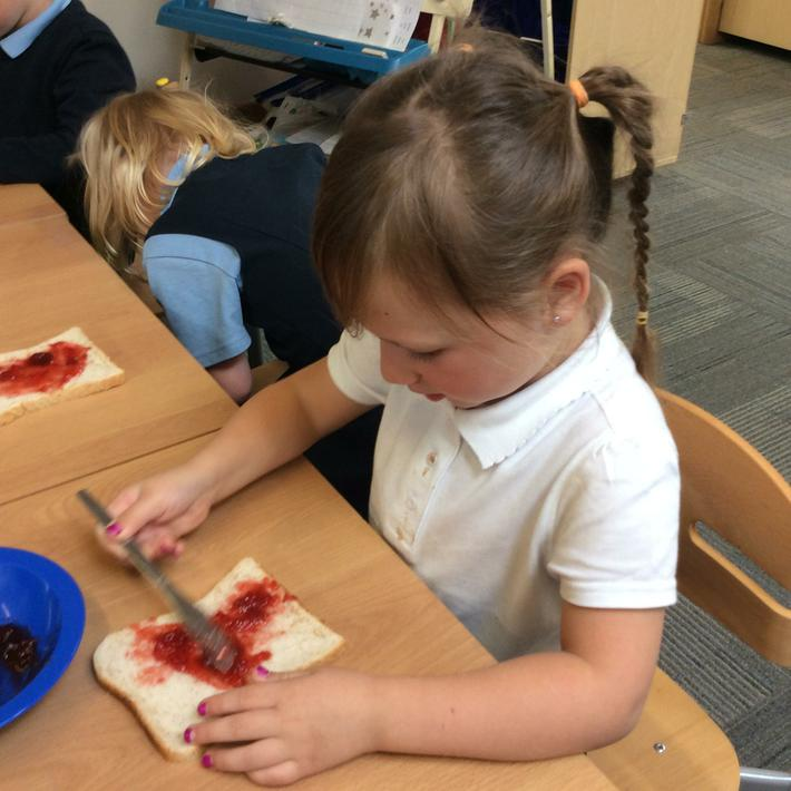 Making Jam Sandwiches for Little Red Riding Hood's Basket