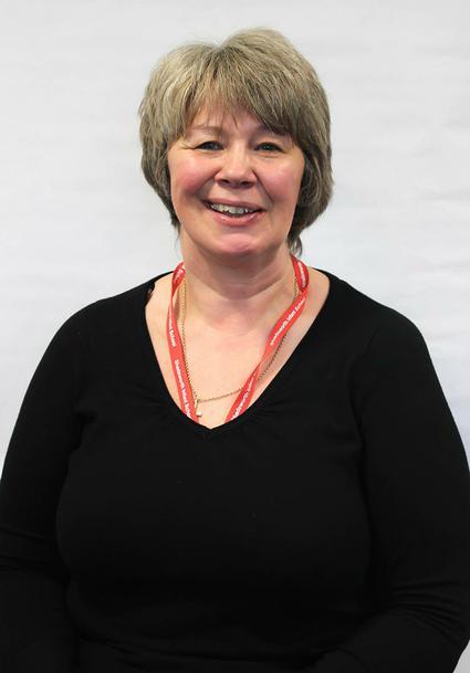 Mrs L Marsh - Nursery Team