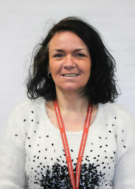 Mrs L McLoughlin - Teaching Assistant