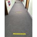 Two meter markings in the corridoor