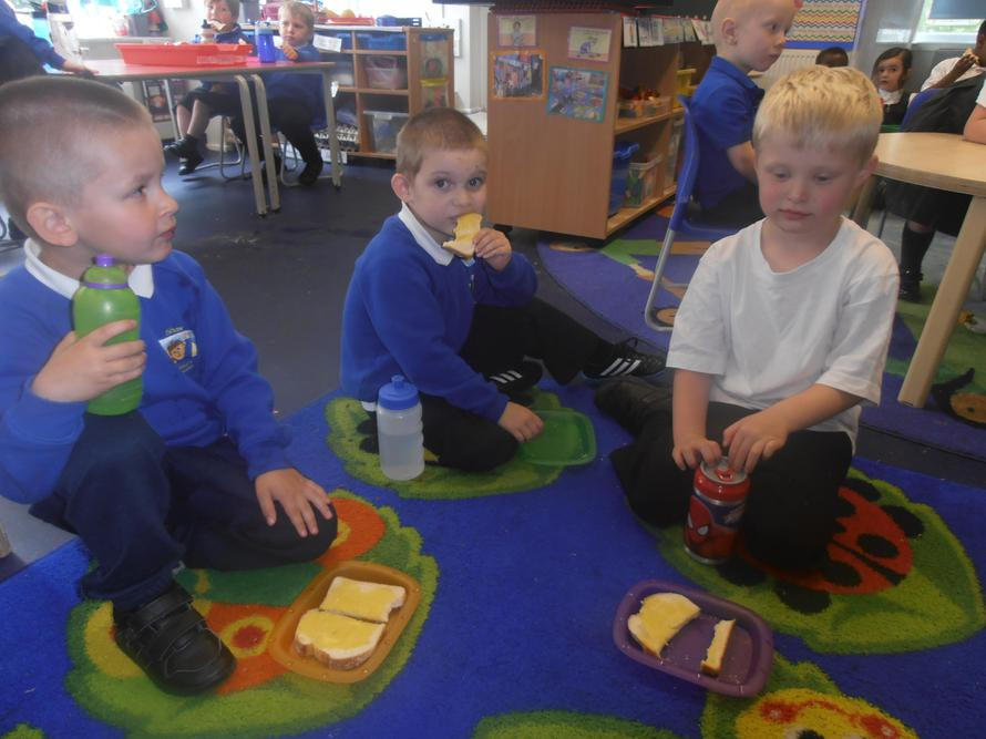 The children enjoyed snack!
