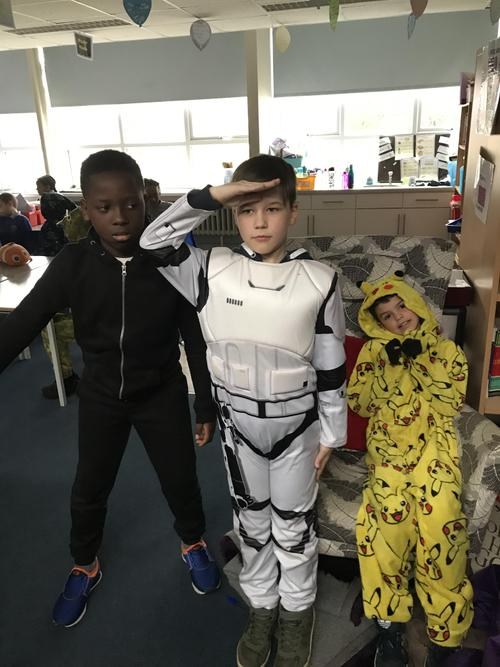 Star Wars characters and pickatu