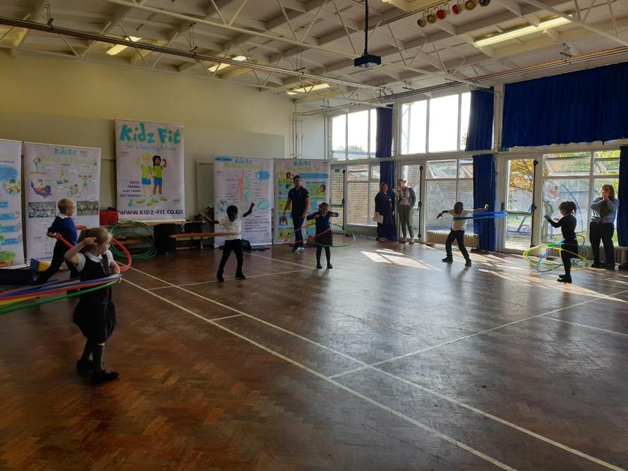 Hula Hooping competition in Year 3.