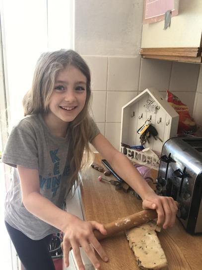 Baking cookies 4LCB