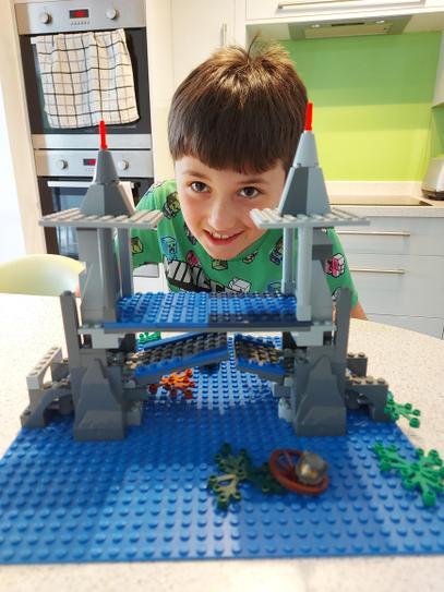 4VB Lego