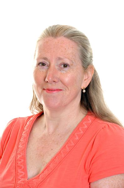 Mrs F Dixon - Class R Teacher