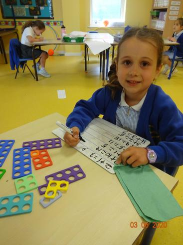 Anabella doing maths