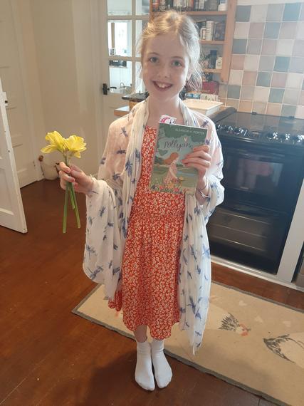 Dressing up as Pollyanna