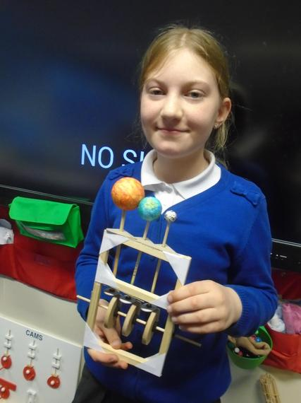 Making an Orrery using a cams