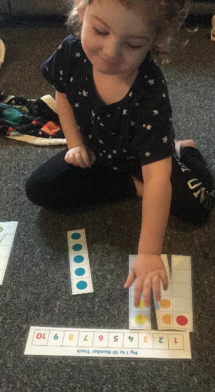 Matching numerals to 5 frames