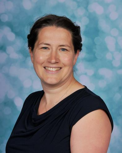 Mrs D Cuckney - Teaching Assistant (MV)