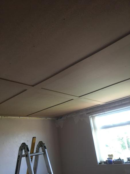 The finished bedroom ceiling - ready to be painted
