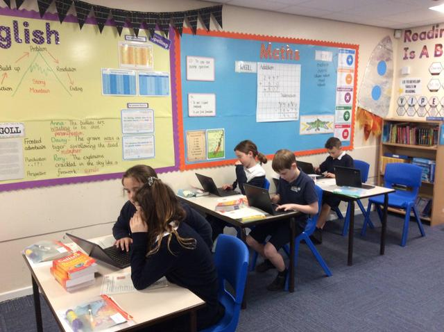 Spanish Dictionary Skills Year 5