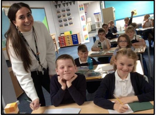 Class Teacher: Miss Samantha Hinks