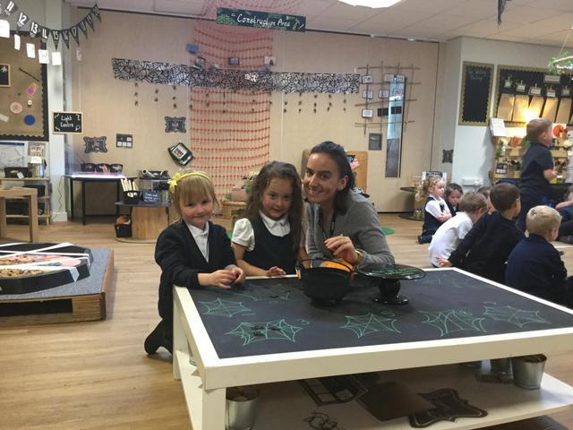 Miss Lisle - Teaching assistant