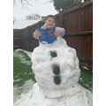 Nicolas became a snowman to read his book!