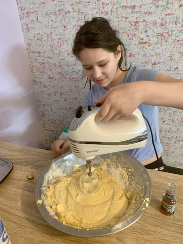Concentrating on mixing the cake
