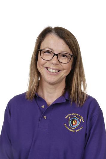Mrs Bleach is the teacher in Hedgehogs Class on Mon., Tues., Weds. & Fri.