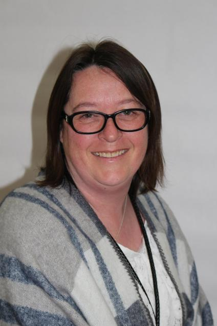 Mrs L. Lyons -  Year 5 Higher Level Teaching Assistant