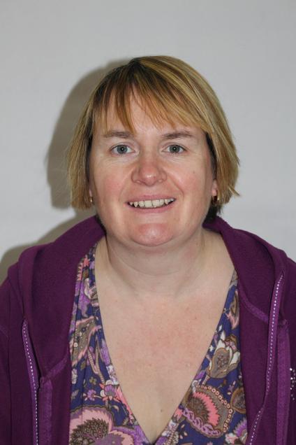 Mrs L. Dennis - Blue Class Teacher