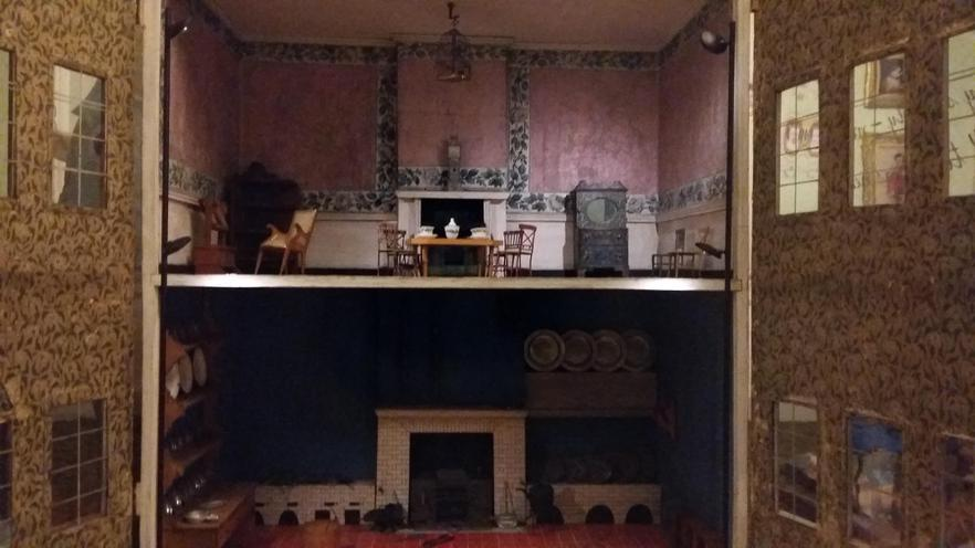 Queen Victoria's dolls house